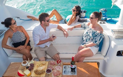 wine-yacht-experience